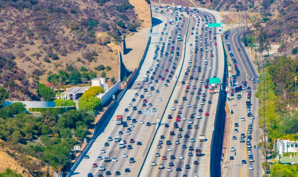 LA Metro Head Supports Free Transit and Congestion Tolls